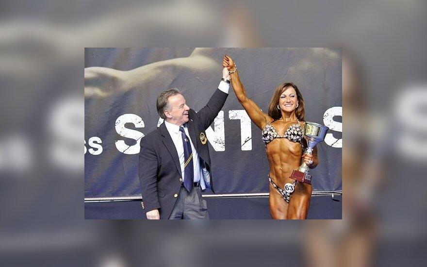 Margarita Charaim su Tarptautinės kultūrizmo ir fitneso federacijos prezidentu Rafael Santonja