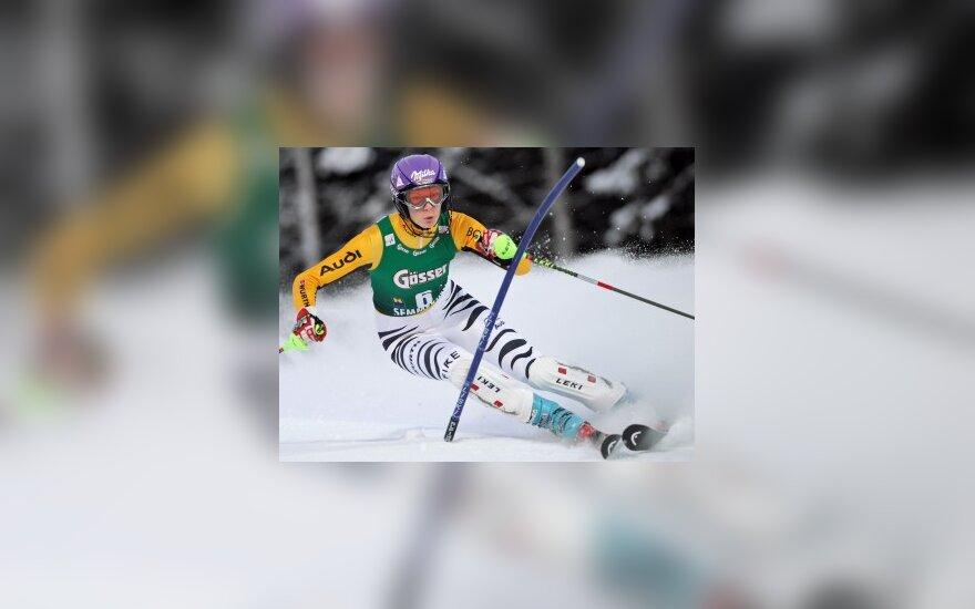 Antroji M.Riesch pergalė pasaulio kalnų slidinėjimo taurės etape
