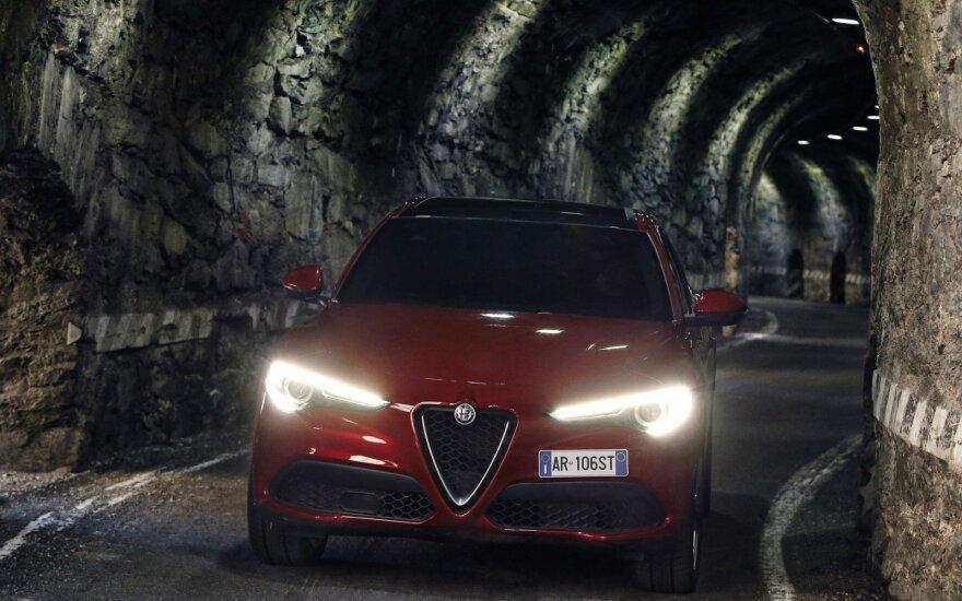 """Alfa Romeo Stelvio"" (asociatyvi nuotr.)"