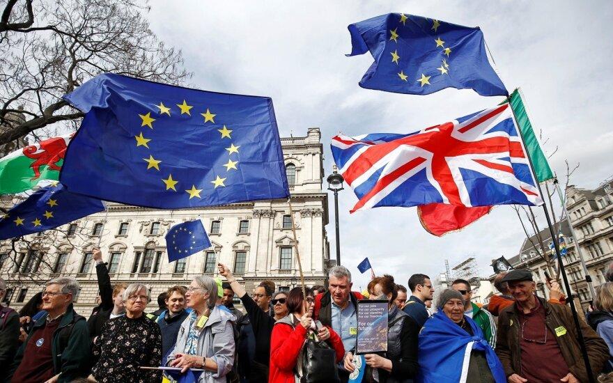 """Iš ES – niūraus tono pareiškimas dėl """"Brexit"""""""