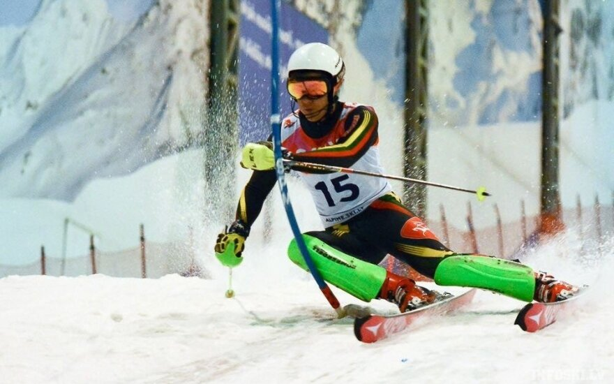 Biatlonininkai IBU taurės etape – tarp lėčiausių, kalnų slidininkas R. Zaveckas – 62-as jaunimo pasaulio čempionate