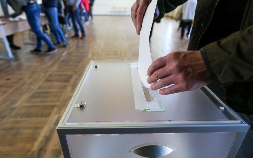 Rinkėją papiktino vyrų elgesys prie balsadėžių