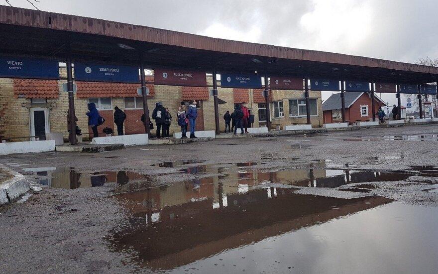 Teismas apribojo D.Nedzinsko teisę perleisti Trakų autobusų stoties pastatą