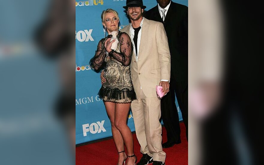 "Britney Spears su vyru Kevinu Federline'u  ""Billboard"" muzikos apdovanojimuose"