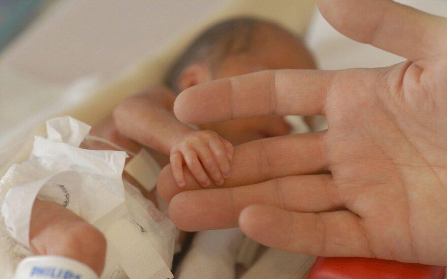 Nepaklausė medikų ir šiandien džiaugiasi dešimtmečiu sūnumi: nuvykus į klinikas, nėštumą siūlė nutraukti