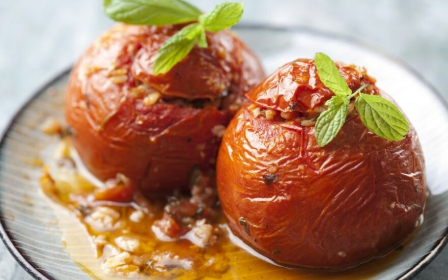 Mėsa įdaryti pomidorai