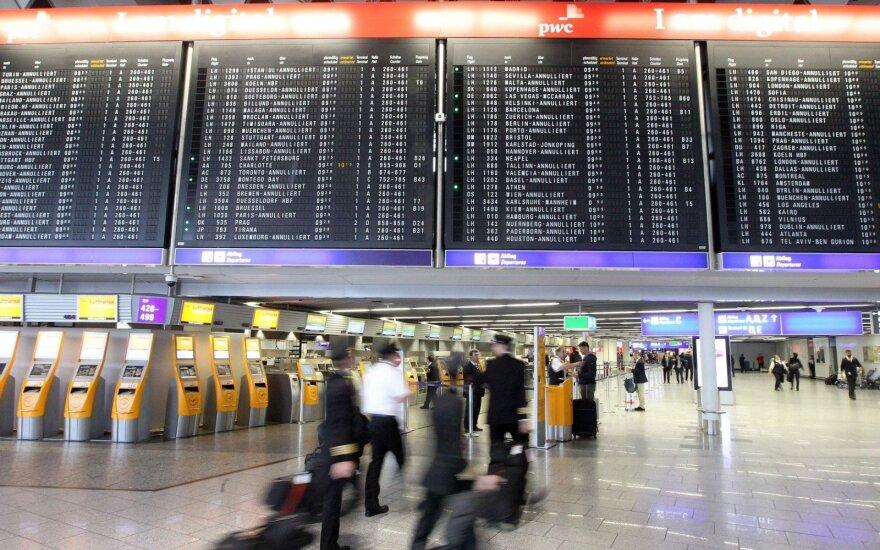 Oro linijos privalės sumokėti keleiviams kompensacijas už streikų pasekmes