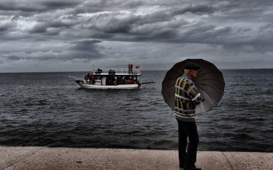 Pakeliui į Europą audringoje jūroje nuskendo 17 migrantų vaikų
