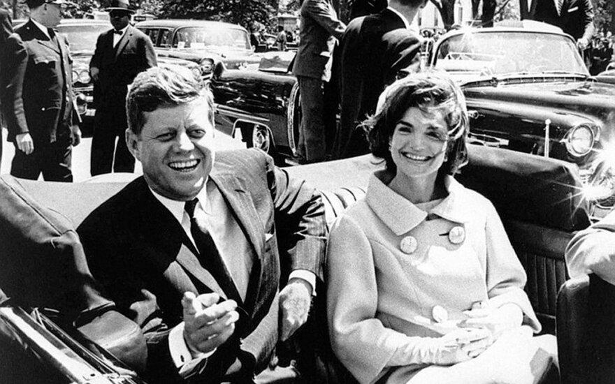 Jackie turėjo savą versiją, kas nužudė jos vyrą Johną F Kennedy