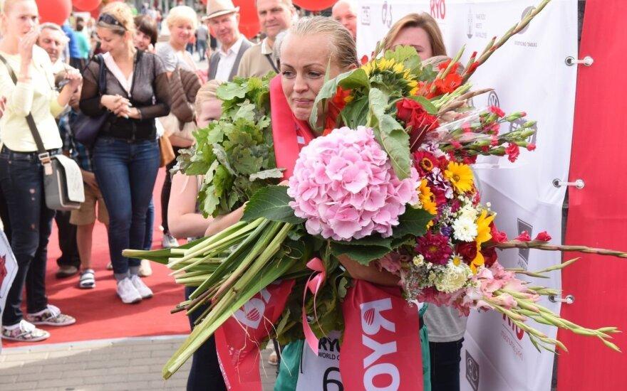 Lietuvė pasaulio ultratriatlono taurės etape Panevėžyje lenkė vyrus ir tapo nugalėtoja