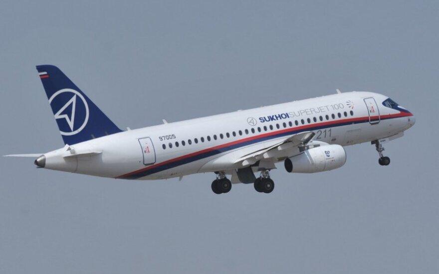 """Rusų gamybos lėktuvas """"Suchoj Superjet–100"""""""