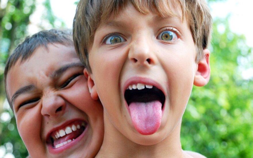 Pasibaisėjo jaunų tėvų vaiko auklėjimu: gal geriau jį atimtų