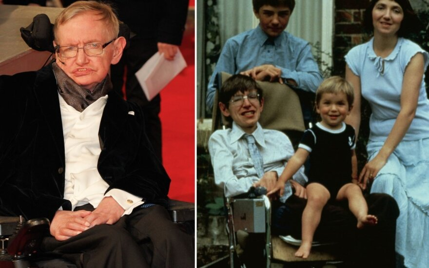 Stephenas Hawkingas su šeima