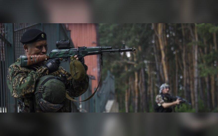 Nerami naktis Ukrainoje: gyvenamieji rajonai atakuoti granatsvaidžiais ir šautuvais