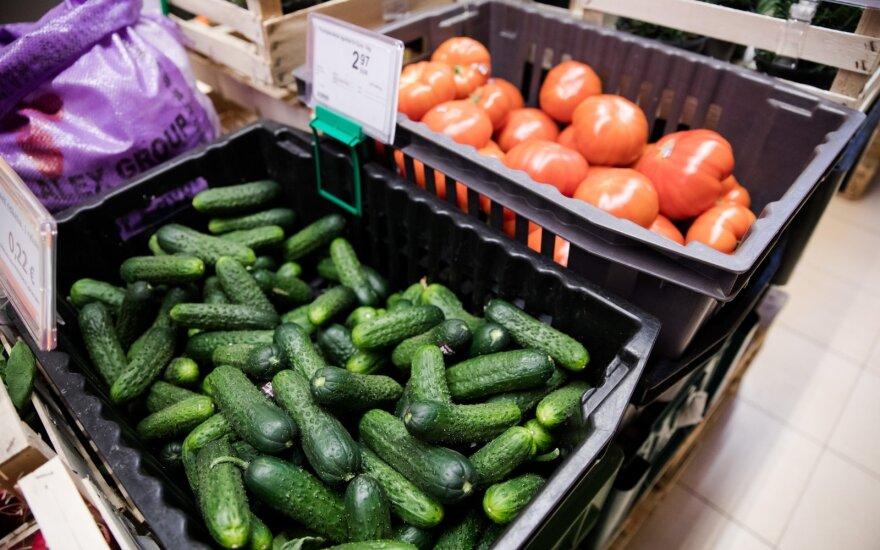 Karščių pasekmė – daržovių ir uogų kainos smigo žemyn