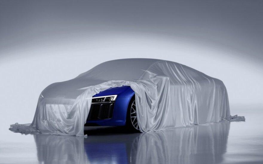 Audi R8 su lazeriniais žibintais