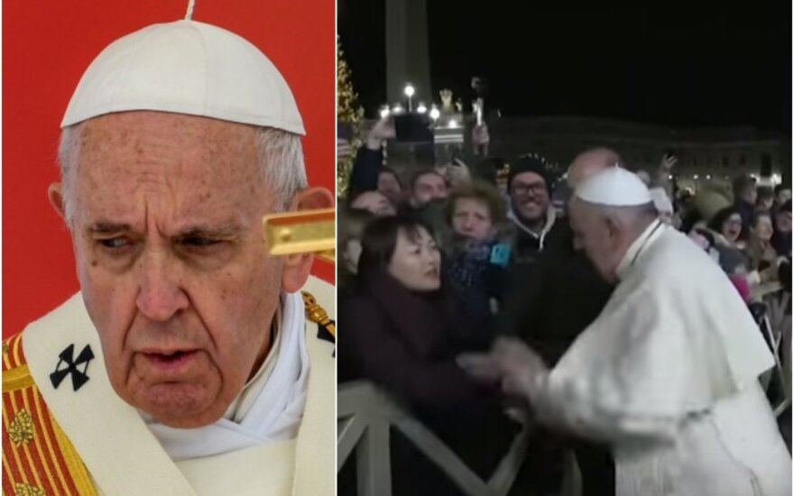 Popiežius atsiprašė už incidentą, per kurį trinktelėjo moteriai