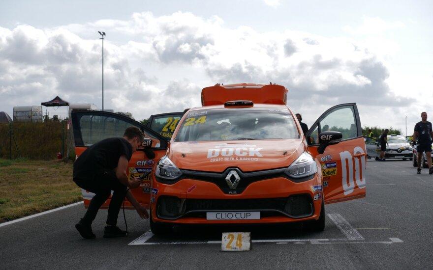 """Jonas Karklys """"Renault Clio Cup"""" etape Vokietijoje"""