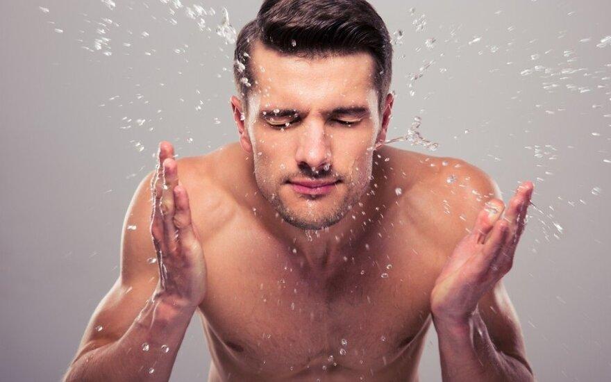Kodėl ir kaip reikia prižiūrėti vyrų veido odą?