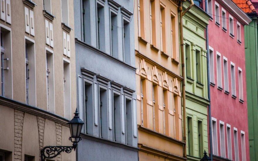 Lenkijos nepriklausomybės 25-metis – trumpai