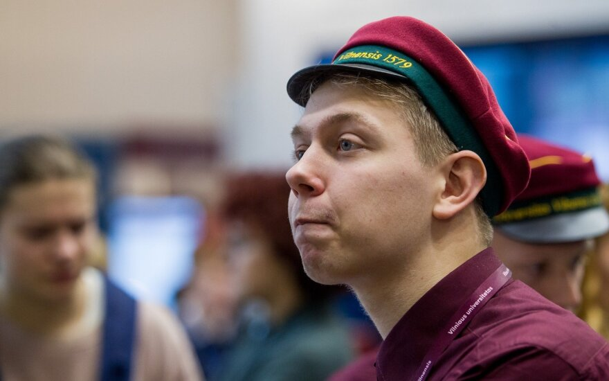 Lietuvos universitetai sulaukė nuosprendžio: 3 nebegali priimti pirmakursių, dar viename nori uždaryti trečdalį programų