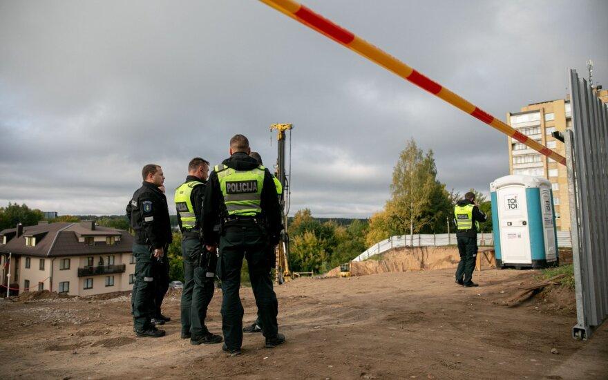 """Vilniaus oro uosto teritorijoje rastas sprogmuo: įvestas planas """"Skydas"""""""