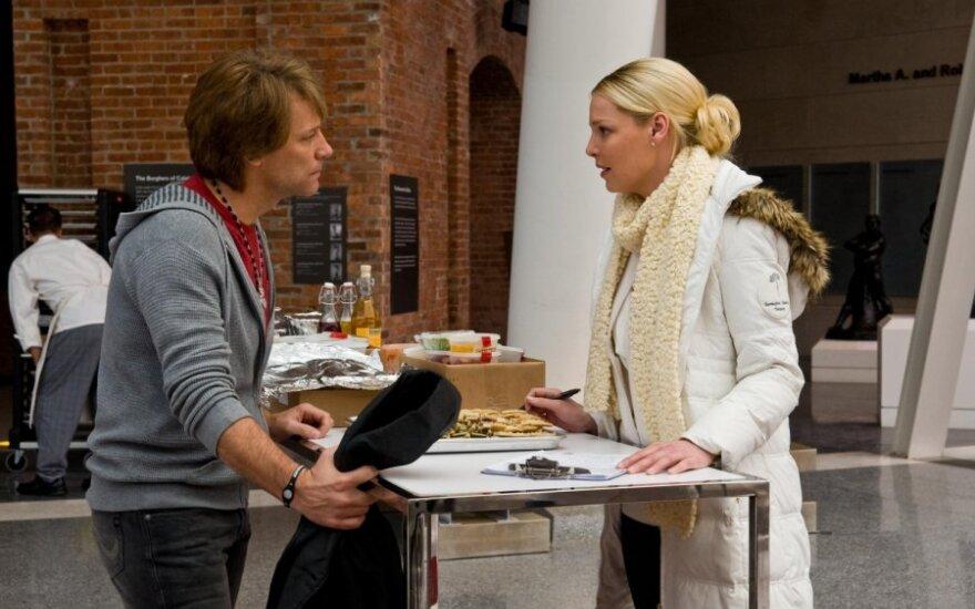 """Jon Bon Jovi ir Katherine Heigl filme """"Naujieji metai Niujorke"""""""