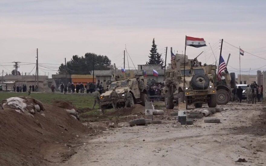 Sirijoje – susirėmimas tarp JAV pajėgų ir Assado kovotojų: rusai viską stebėjo iš arti