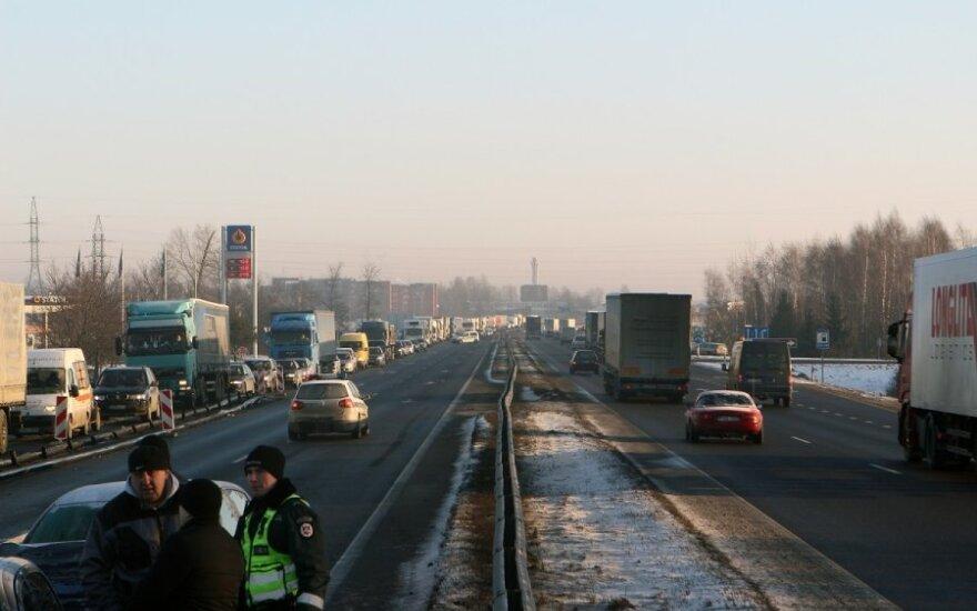 """Kelyje """"Via Baltica"""" Kauno pareigūnai pričiupo 273 pažeidėjus"""