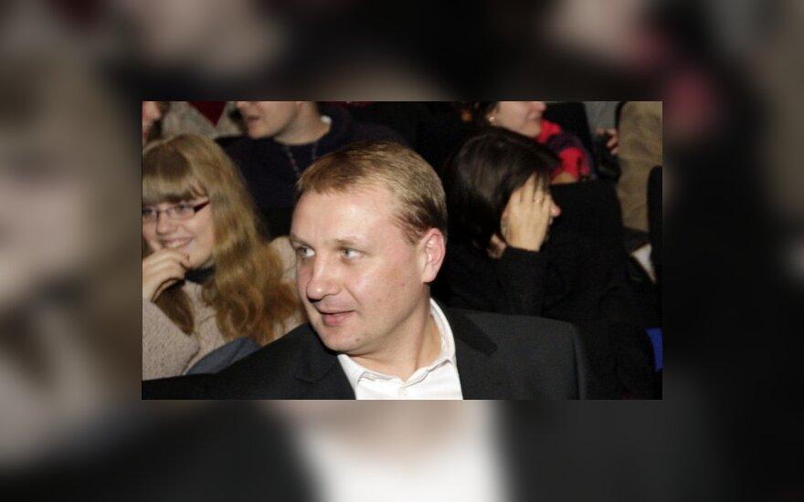 Seimo nariai pamiršta deklaracijas papildyti brangiais pirkiniais