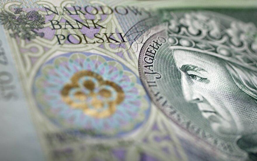 Lenkija ryžtingai mažins biudžeto deficitą