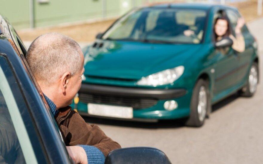 Ištyrė, kur Europoje gyvena geriausi ir blogiausi vairuotojai