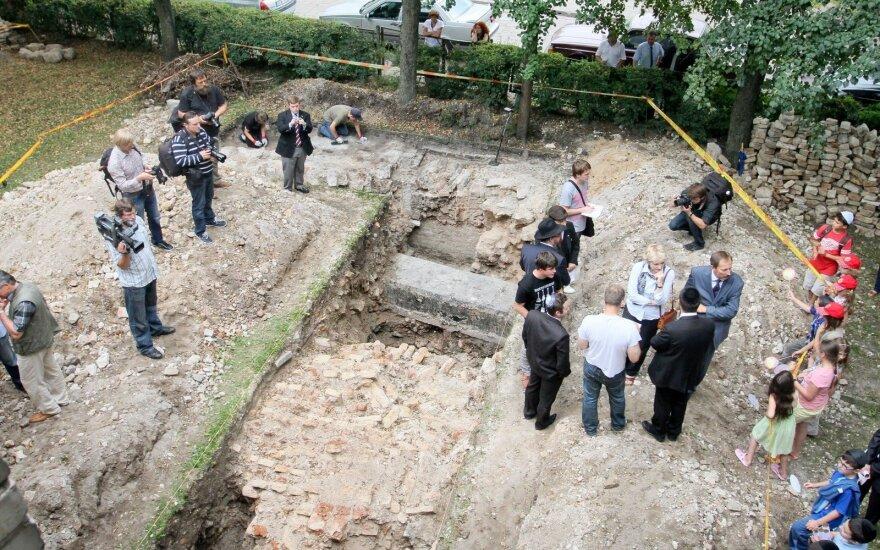 Археологи обнаружили амвон Большой Вильнюсской синагоги