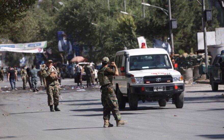 Afganistane per sprogdinimą žuvo du policininkai, nukentėjo 20 vaikų