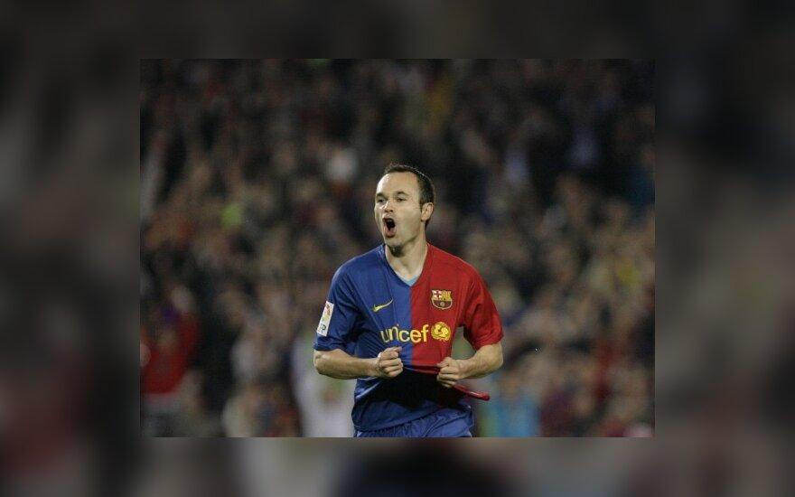 """W.Rooney nuomone, geriausias pasaulio žaidėjas - """"Barcelona"""" saugas A.Iniesta"""