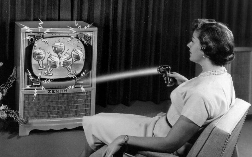 "Televizoriaus valdymas ""Zenith Flash-Matic"" pulteliu"