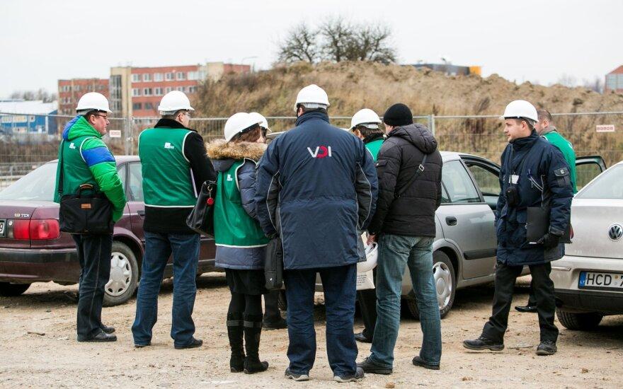Darbo inspekcija laikinai stabdo įmonių patikrinimus