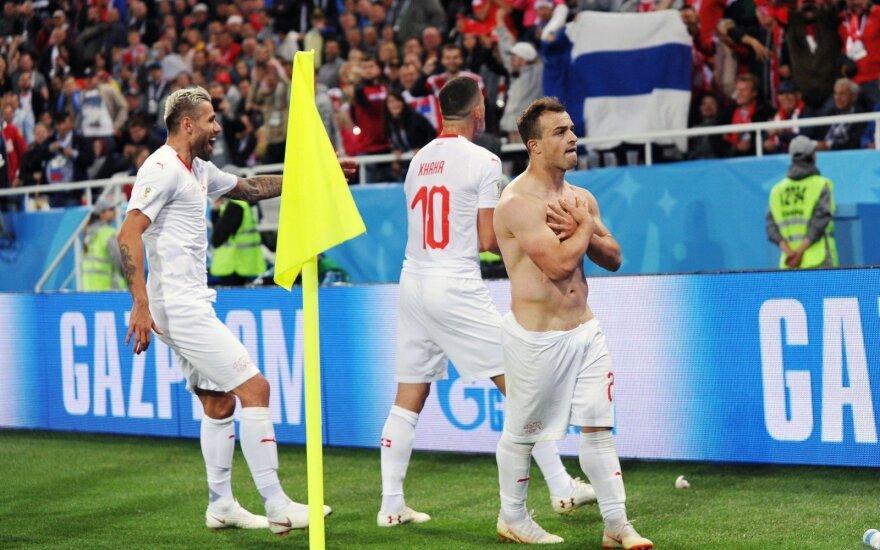 FIFA pradėjo tyrimą dėl šveicarų gestų ir serbų trenerio žodžių teisėjui