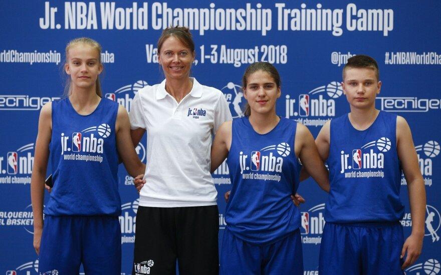 Justė Veronika Jocytė, Lina Brazdeikytė, Neda Pliatkutė, Liutauras Serkevičius / Foto: jrnbawc.nba.com