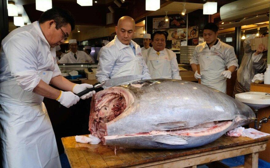 Kiyoshis Kimura už milžinišką tuną paklojo 3,1 mln. dolerių