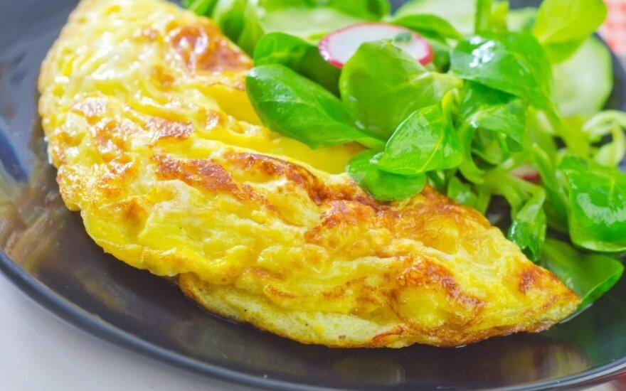 Omletas su sūriu ir vištiena