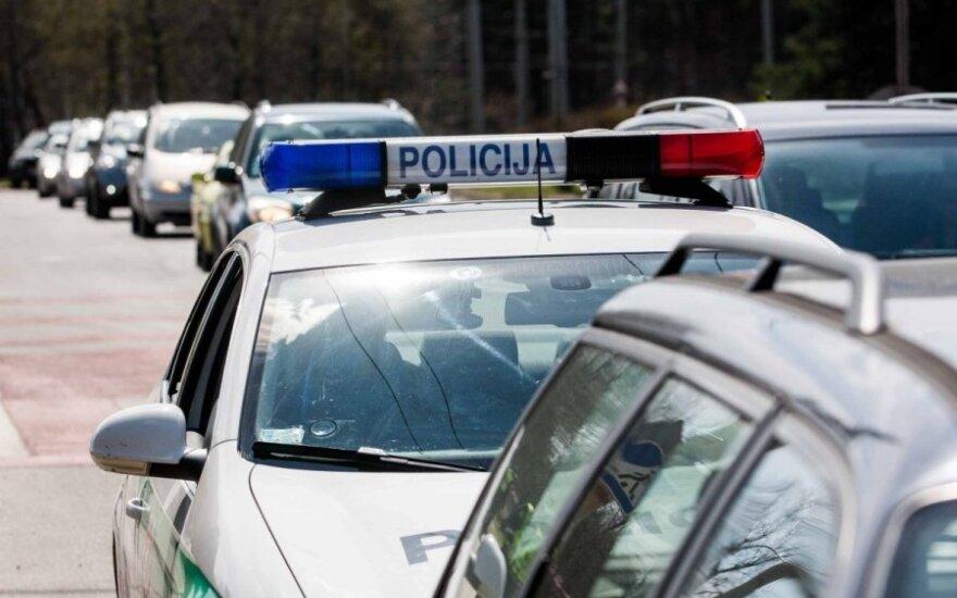 Merginos sukeltoje avarijoje Raseiniuose sunkiai sužalota moteris