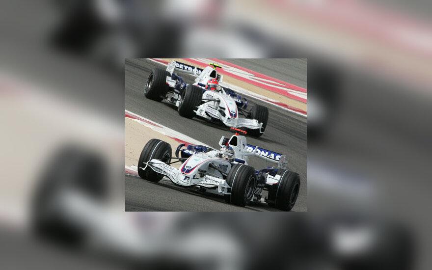 """F-1 """"BMW Sauber"""" komandos pilotai Nick Heidfeld ir Robert Kubica"""