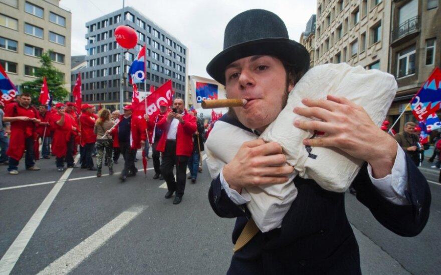 Prancūzija taikys 75 proc. pajamų mokestį turtuoliams