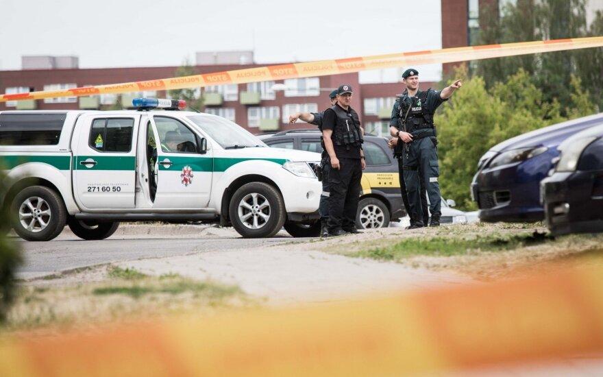 Vilniaus rajone, darže, buvo aptiktas artilerijos sviedinys
