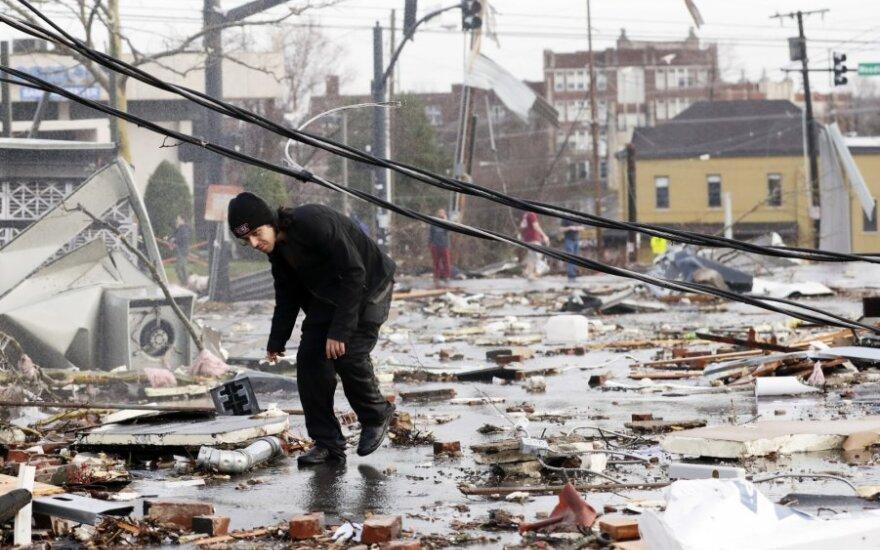 Tenesyje praūžę tornadai nusinešė mažiausiai 8 žmonių gyvybes