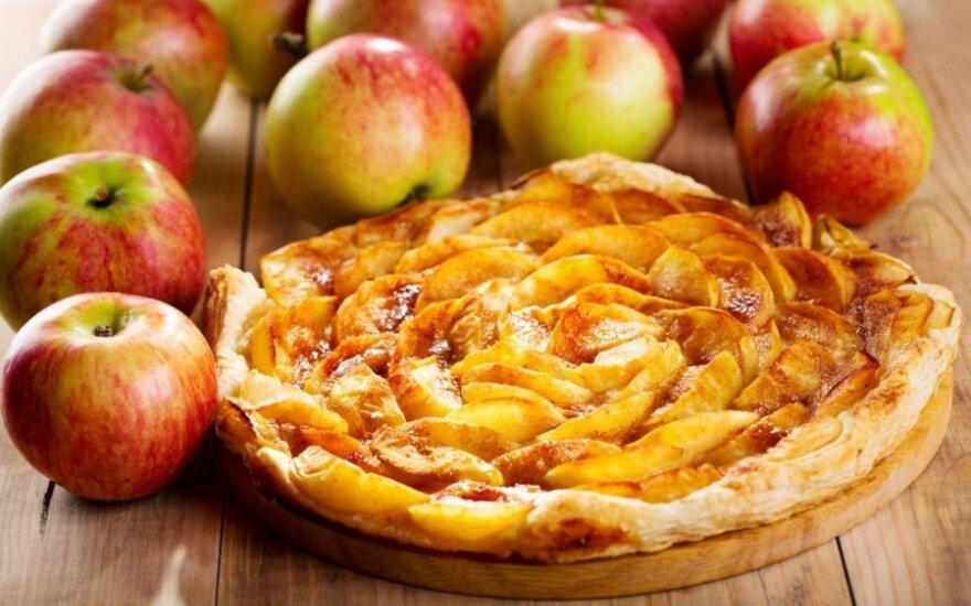 Greitas obuolių pyragas su sluoksniuota tešla