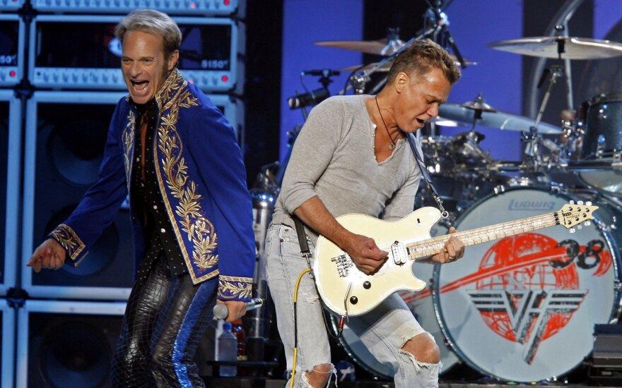 Mirė roko muzikos legenda Eddie Van Halenas