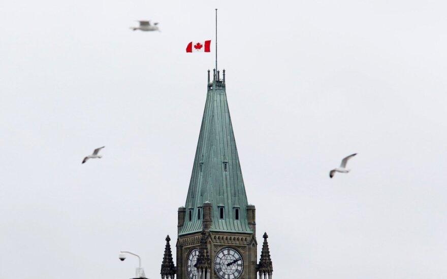 Kanada tvirtina irgi tapusi rusų kibernetinių atakų taikiniu