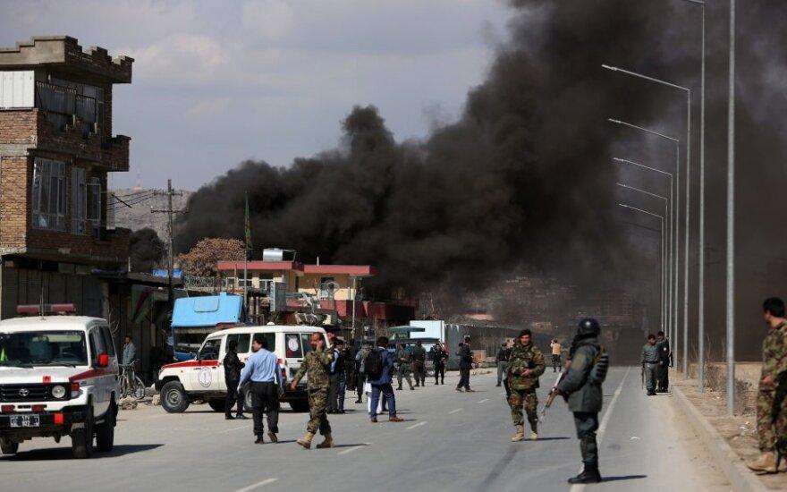 Kabule nugriaudėjo du sprogimai